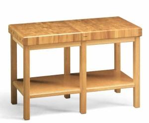 tavolo di legno con tiranti e ruote