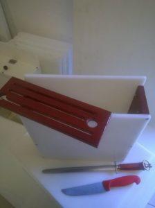 porta coltelli da avvitare al tavolo bi-colore smontato